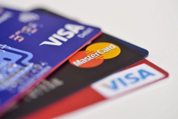 Qué significa tu tarjeta Visa o MasterCard